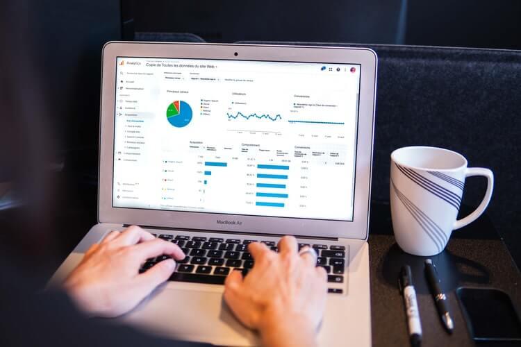 WordPressでGoogleアナリティクスを動作させる方法